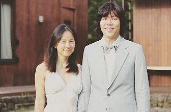 李孝利结婚3周年晒幸福